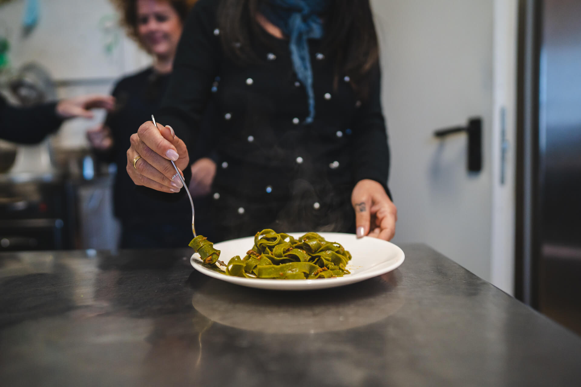 lezione cucina tagliatelle spirulina